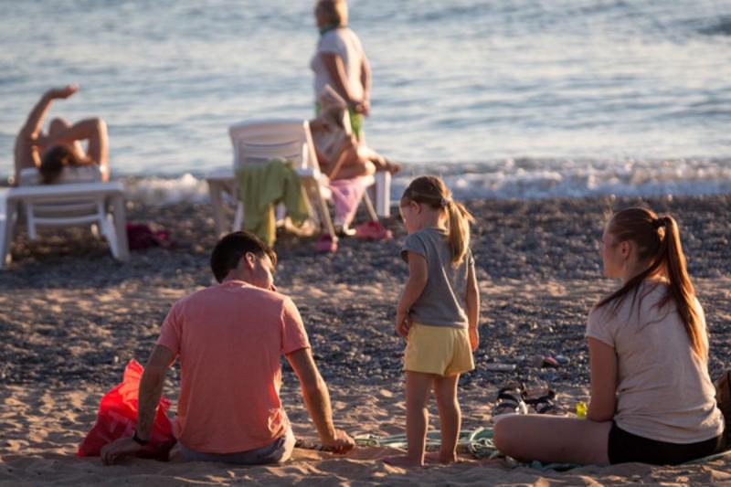 Обстановка с коронавирусом на курортах Краснодарского края: почему растёт число заболевших COVID-19 на Кубани