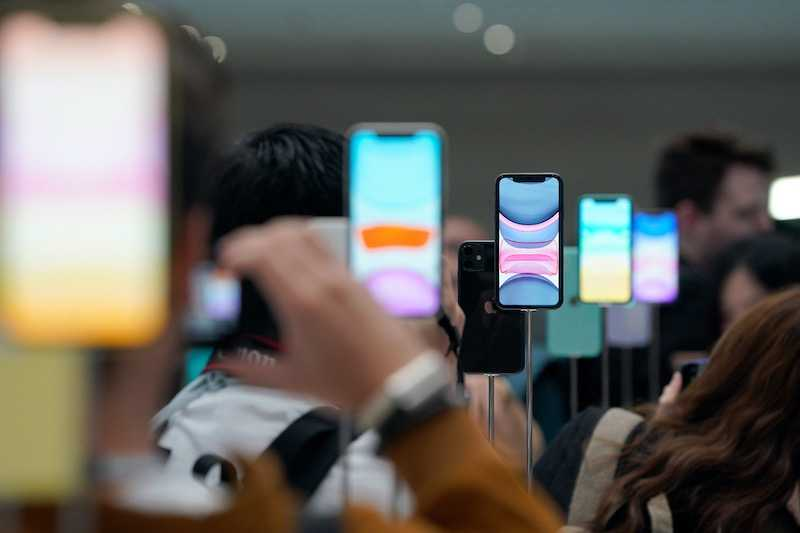 Когда выйдет Айфон 12: сколько будет стоить, что будет нового, внешний вид, все утечки и предположения