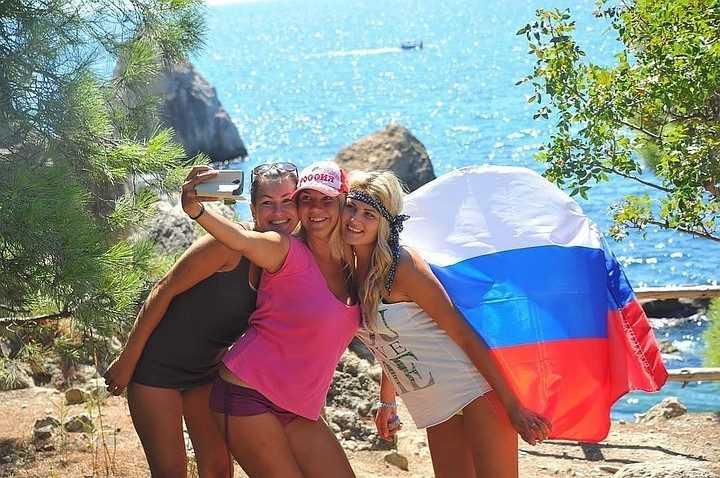 Россиянам будут платить за отдых на отечественных курортах