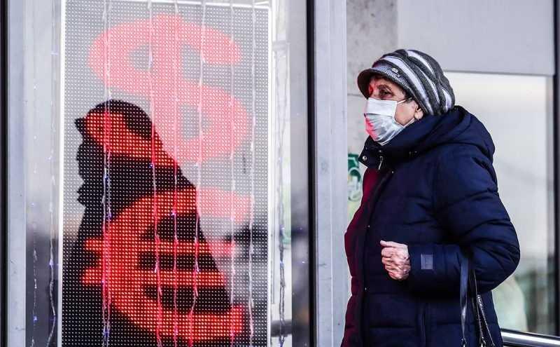 Россия боится коронавируса, но падение нефти еще страшнее