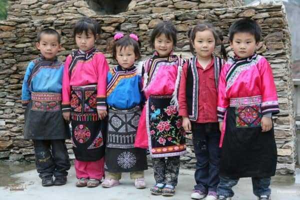 Дети племени Мосуо