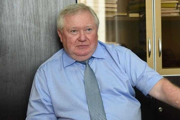 Главный врач Ростовской больницы в которой умерло 13 пациентов, скончался от коронавируса0