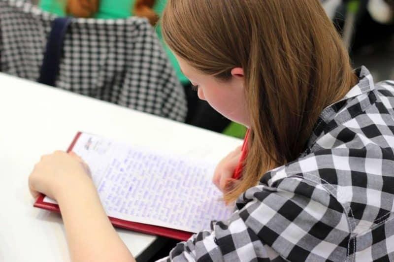 Как будут выдавать аттестаты в 2020 году в 11-х классах?