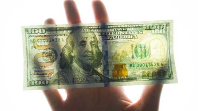 Курс доллара в феврале 2021 года: прогноз, что будет влиять на курс рубля