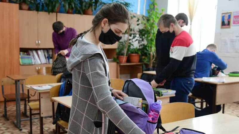 Пойдут ли школьники и студенты в школу 1 сентября: рекомендации Роспотребнадзора, будет ли дистанционное обучение у всех0