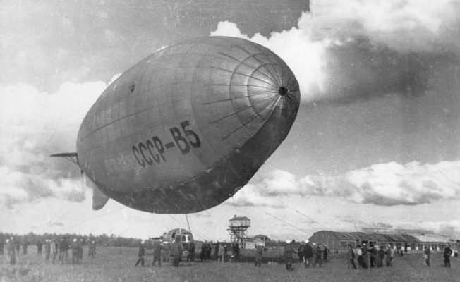Советский дирижабль полужёсткого типа B5
