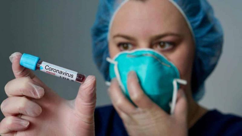 Коронавирус может стать сезонным как грипп: как отличить коронавирус от простуды