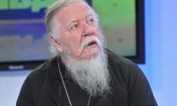 Известный протоиерей Дмитрий Смирнов попал в больницу: что с ним случилось