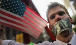 Экономика США сократилась на 33 %. Это самый большой спад с 1958 года