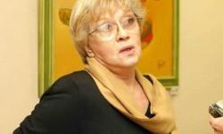 Алиса Фрейндлих: как себя чувствует сегодня, вылечилась от коронавируса или нет, последние новости